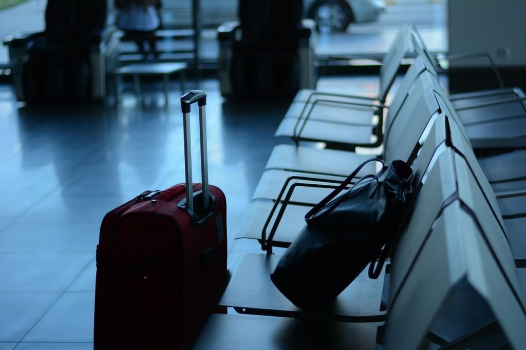 maletas en un aeropuerto