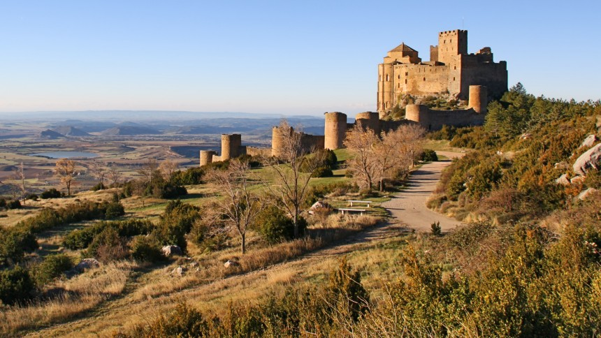 fortaleza románica de Loarre en el Reino de los Mallos
