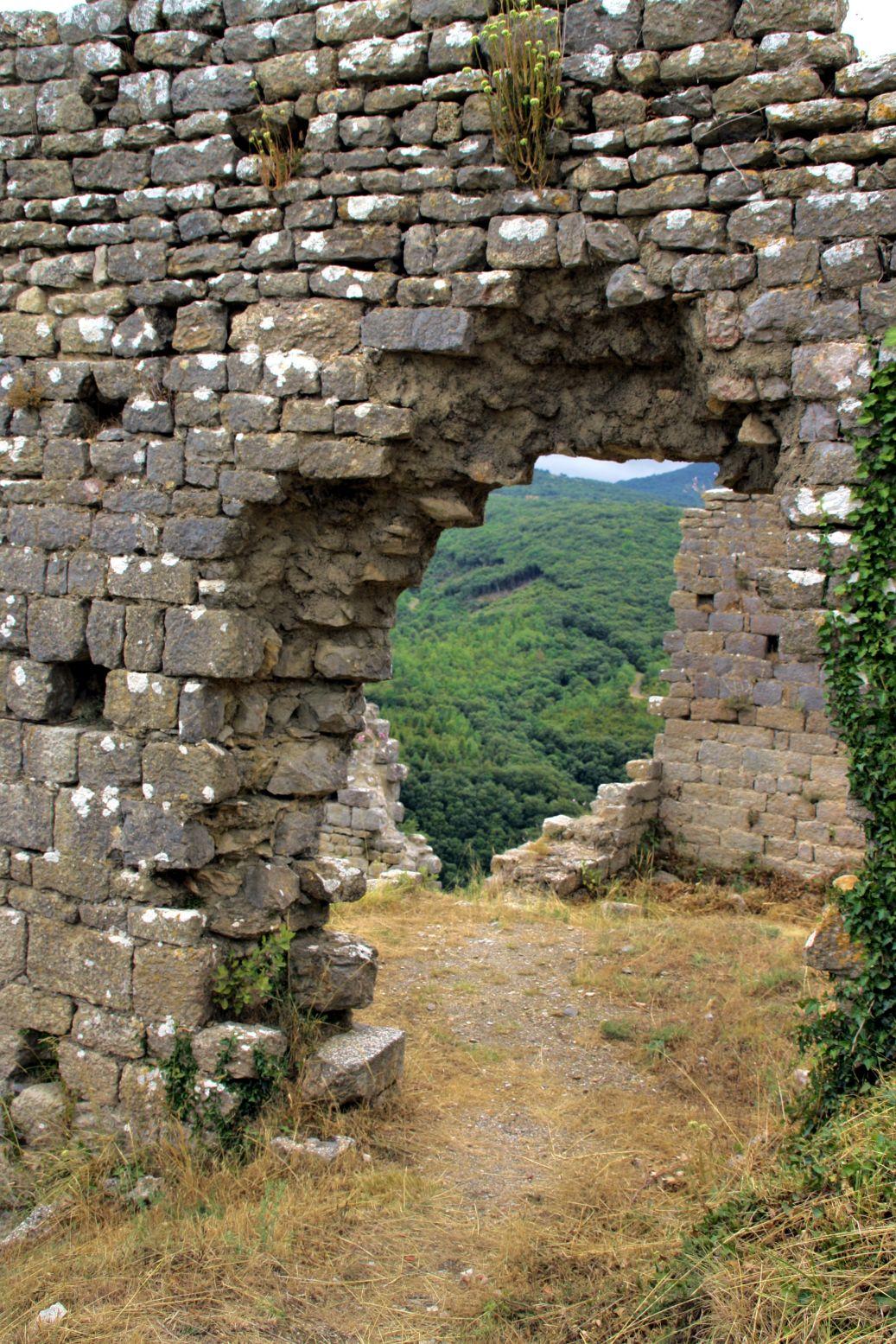 pais_cataro_castillo_de_termes4
