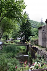pais_cataro_termes_village3