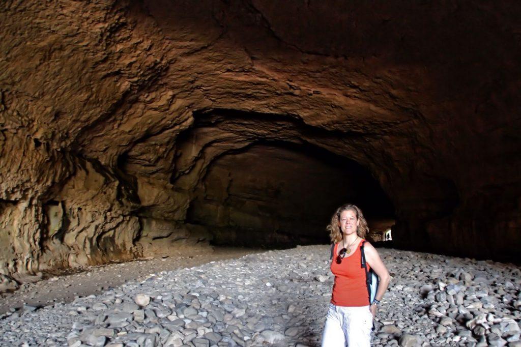 Cuevas río Cesse