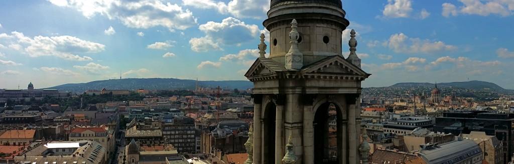Panorámica de Budapest desde la basílica de San Esteban, un imprescindible en un viaje a Budapest