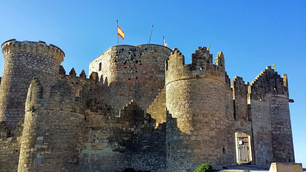 Castillo_Belmonte_entrada