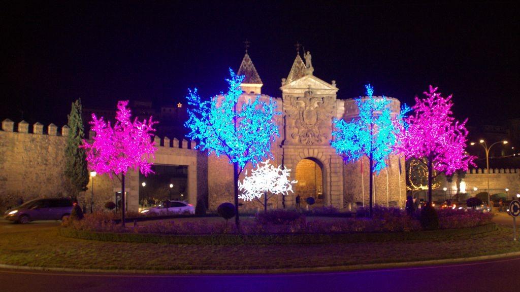 Toledo_Puerta_Bisagra