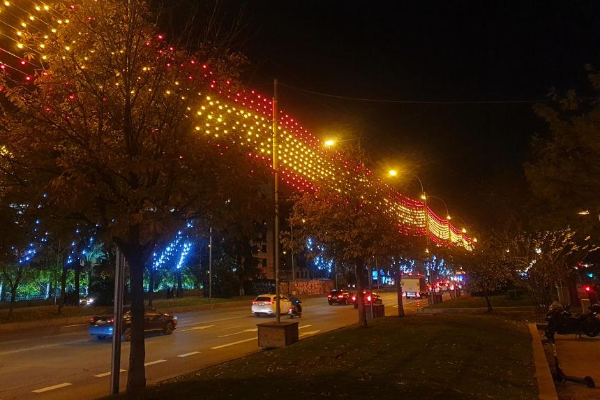 luces de Navidad en Madrid en el eje Prado-Recoletos