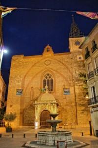 Catedral de Perpignan de noche