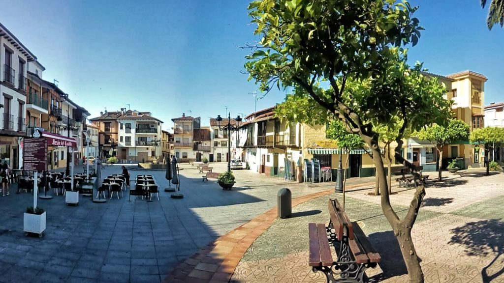 Que ver en Candeleda, la Plaza del Castillo