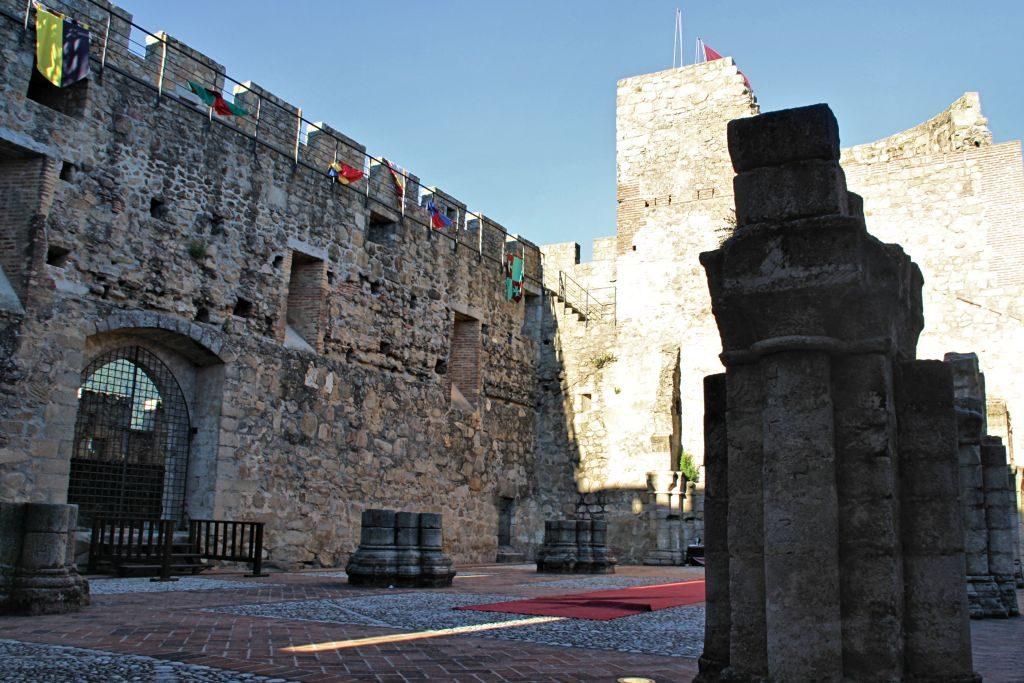 Castillo_La_Adrada_Iglesia