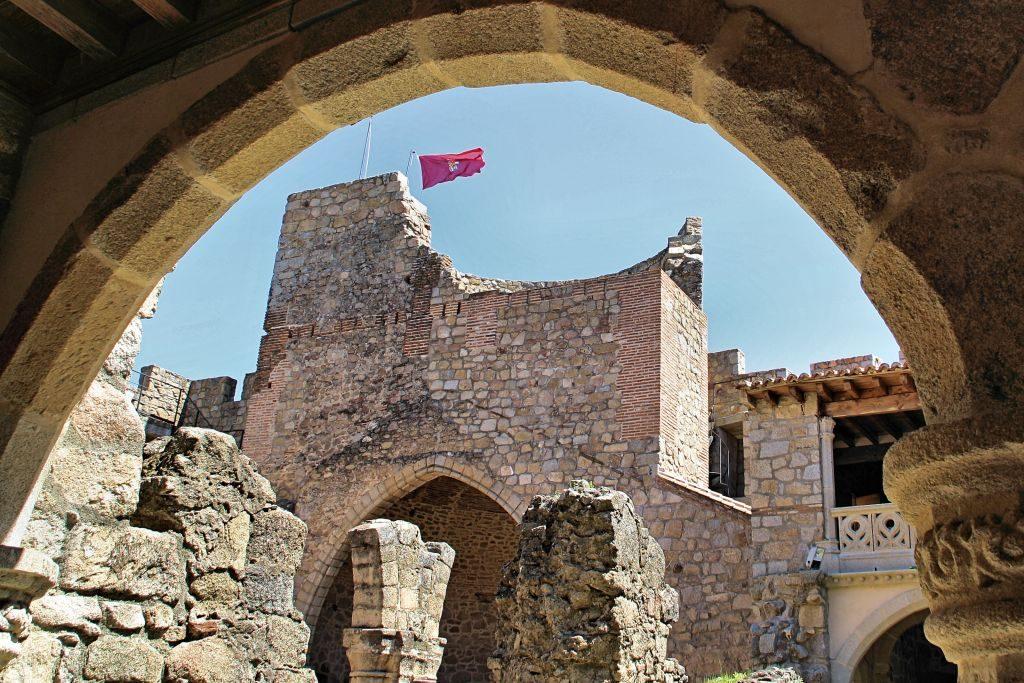 Castillo_La_Adrada_torre_homenaje