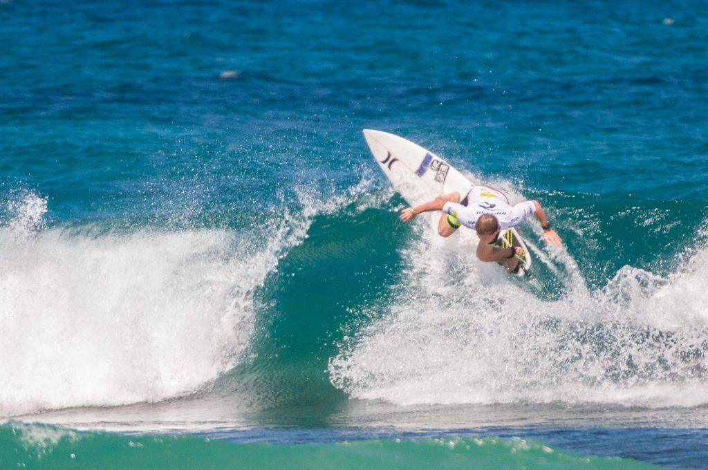 Surfing en Rinc+¦n por Rafael Buxeda Diaz