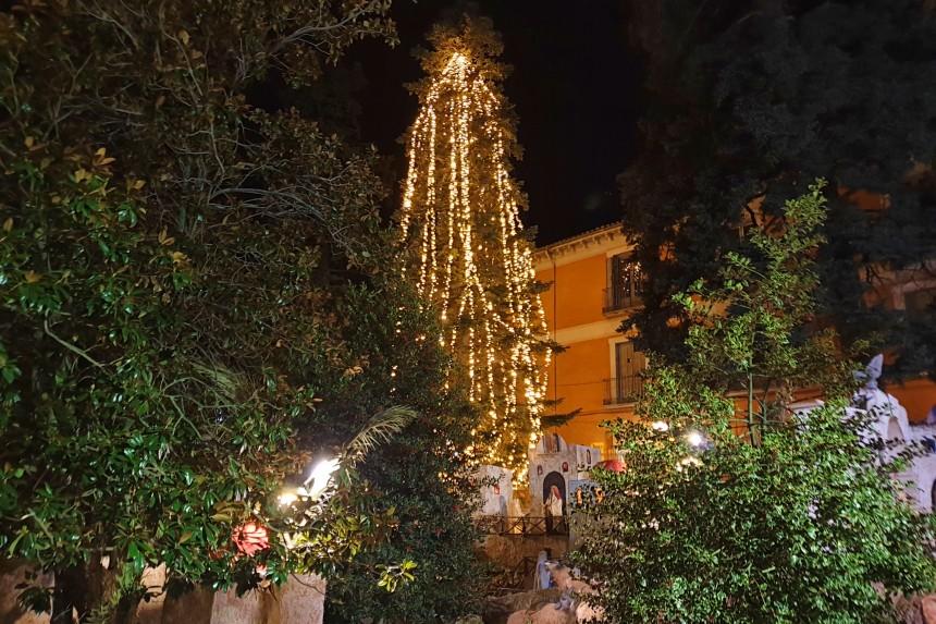 Iluminación navideña de San Lorenzo del Escorial