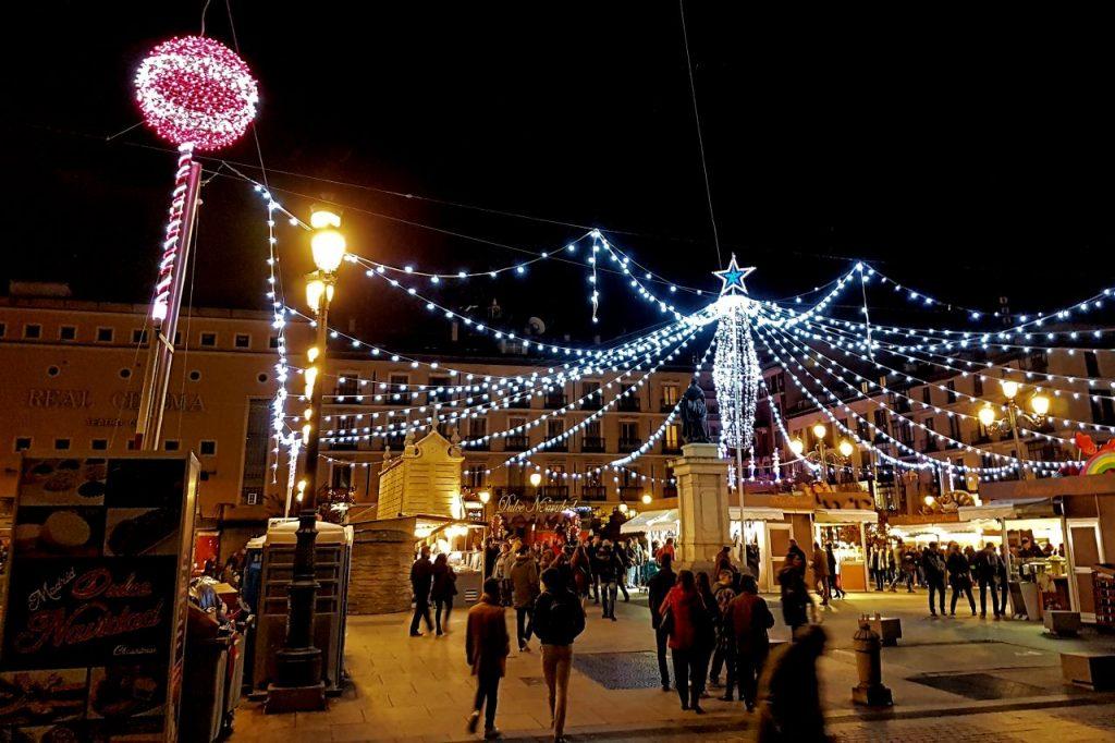 Plaza de Isabel II en Navidad