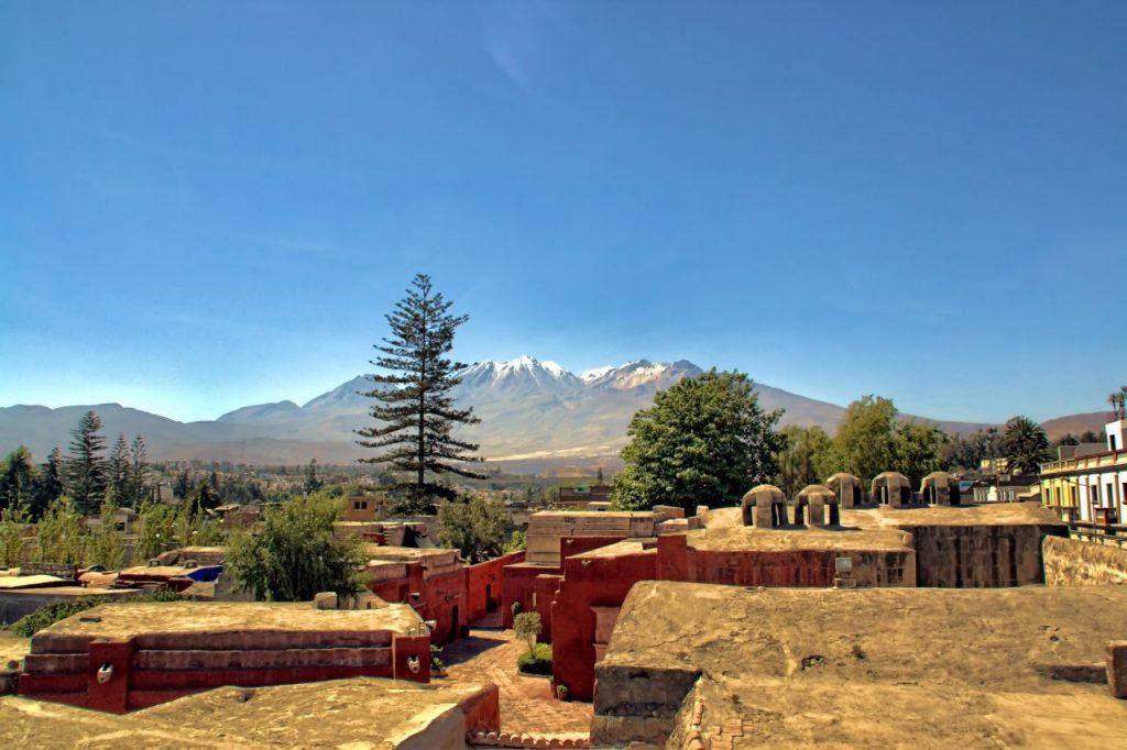 Cordillera andina desde el mirador del Monasterio de Santa Catalina