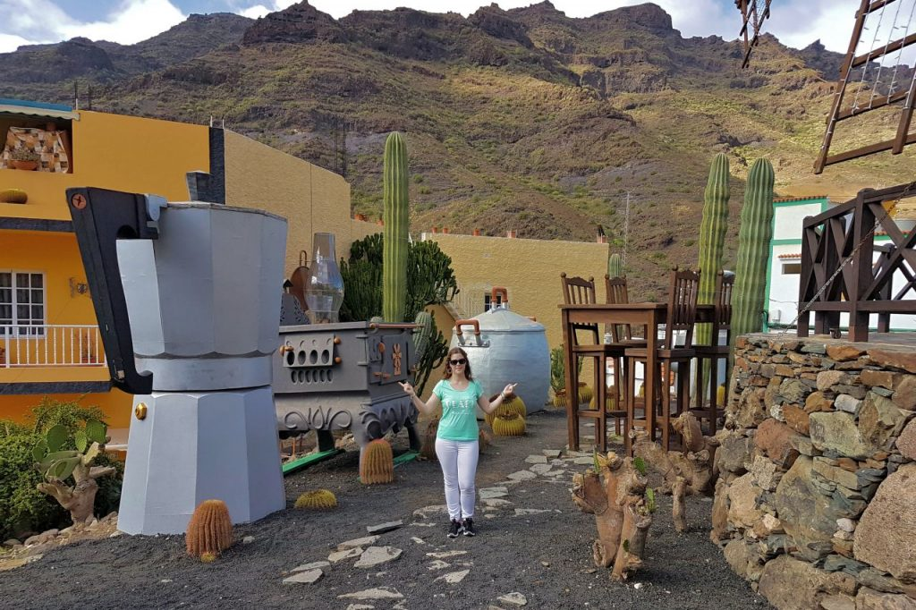 Molino de Viento y objetos de la romería de San Antonio El Chico