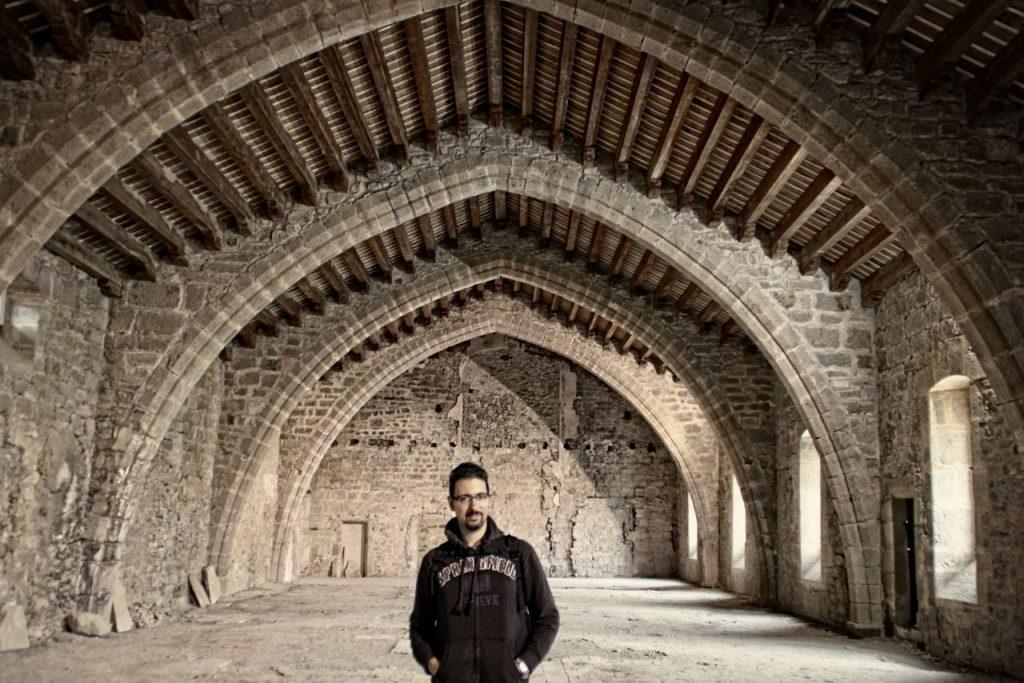 dormitorios de los monjes en la abadía de Lagrasse