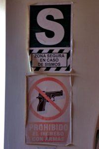 Prohibido el ingreso con armas