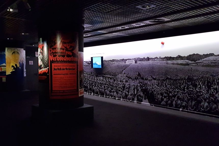 El Tercer Reich en la Exposición Auschwitz