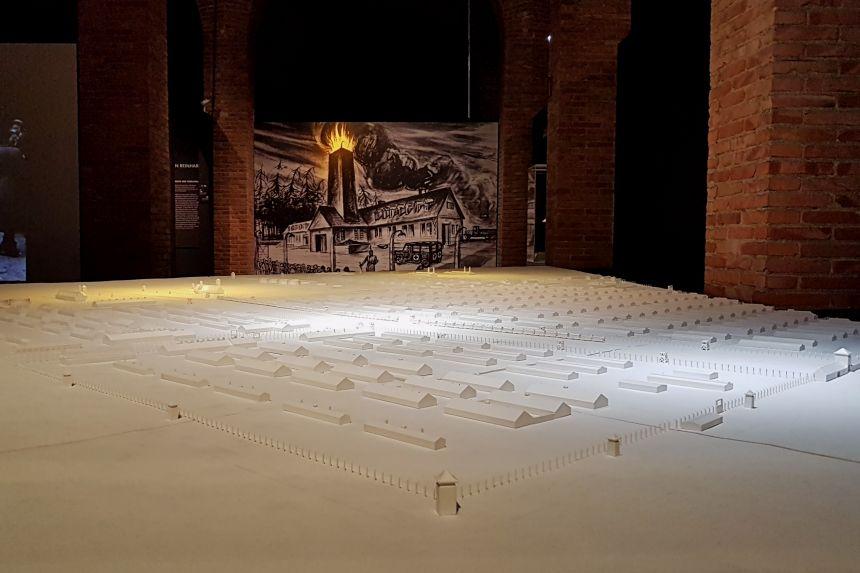 Maqueta de la Exposición Auschwitz