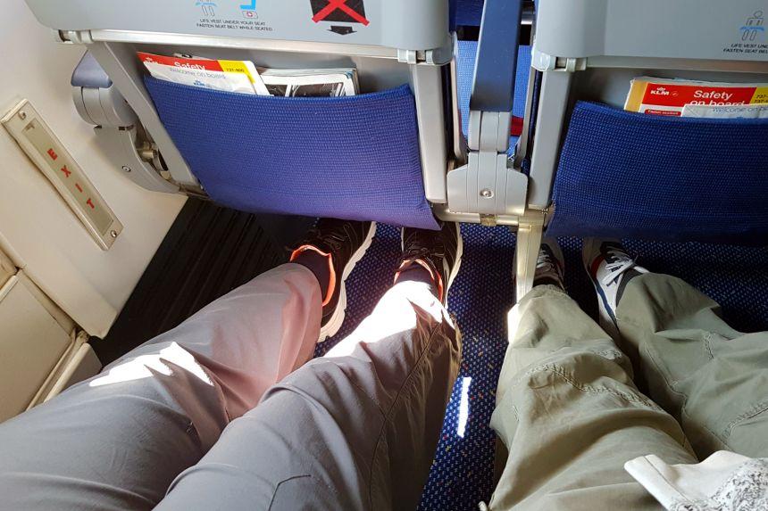 salida de emergencia de un avión
