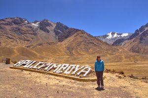 Nevado Apu Chimboya en el paso de la Raya, Perú