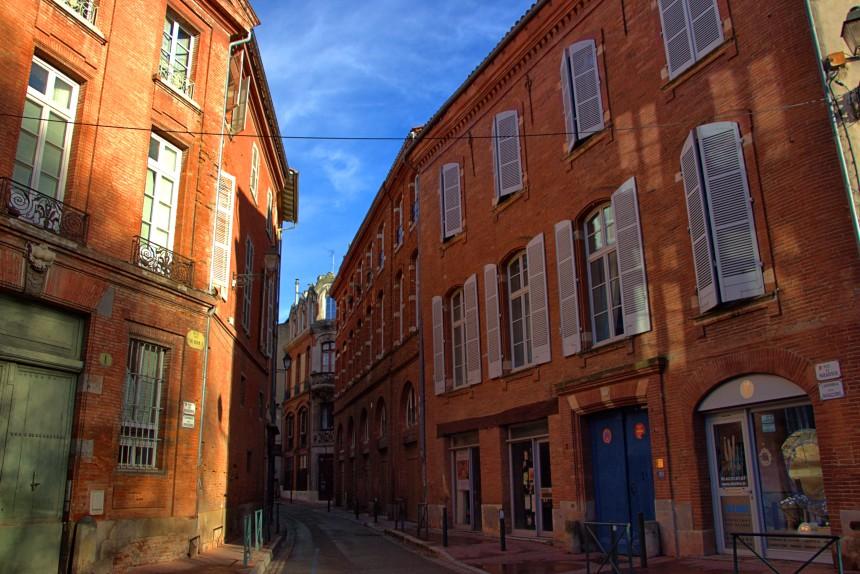 calles de Toulouse soleadas