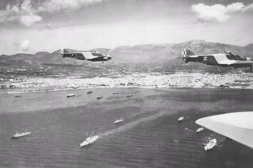 Bombarderos italianos sobre Palma después de bombardear Barcelona (1938)