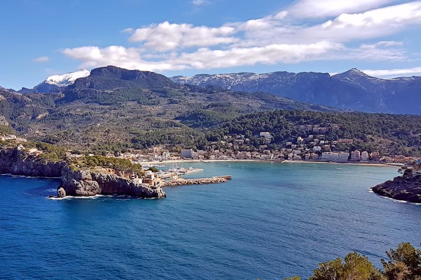 Port de Sóller, uno de los sitios más bonitos que ver al viajar a Mallorca