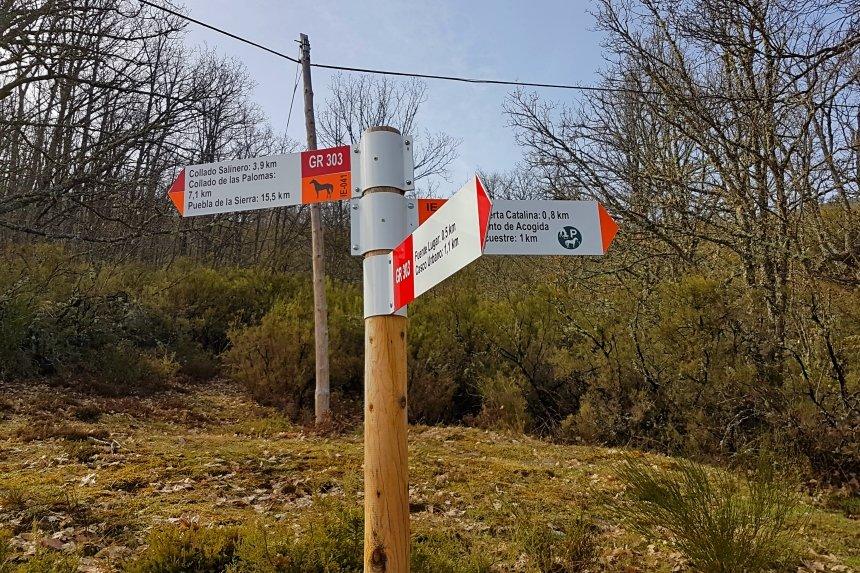 Senderismo en la Sierra Norte de Madrid - Señalización del GR-303