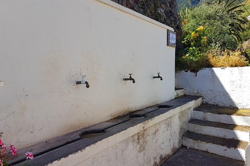 Fuente la Pianola en Taganana
