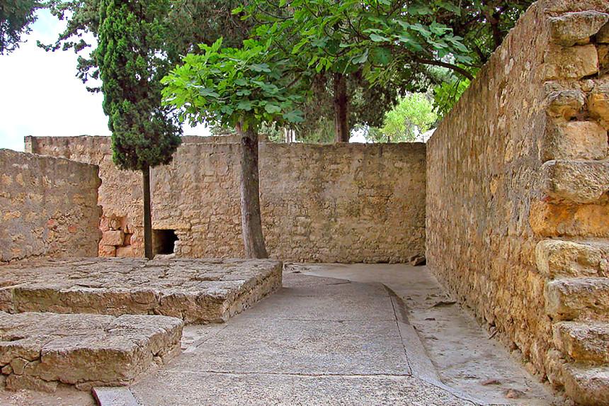 Puerta norte de Medina Azahara en recodo
