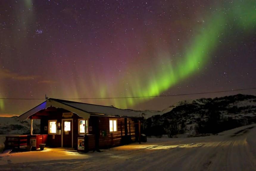 imagen de aurora boreal de mapaymochila