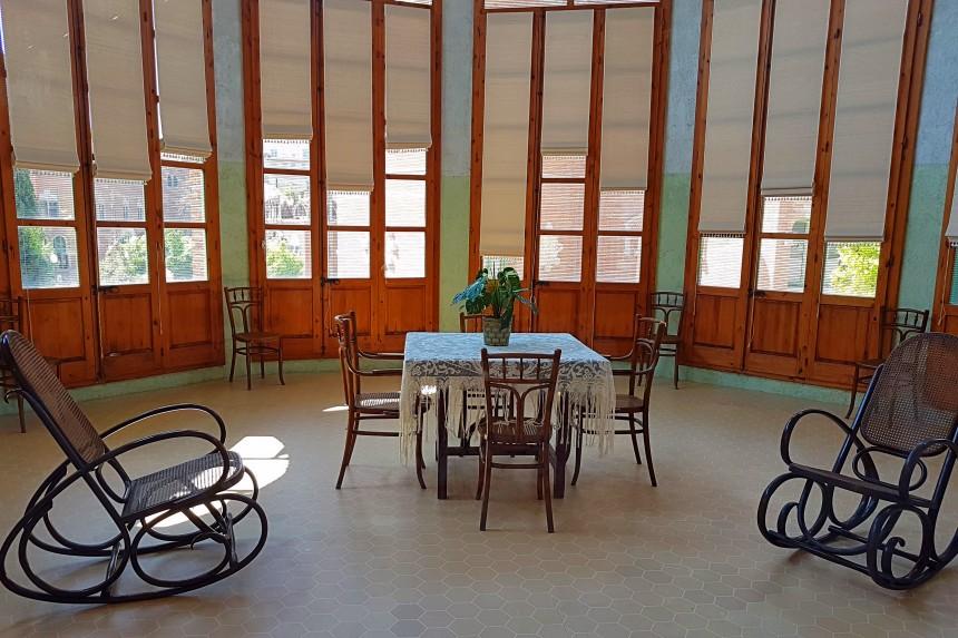 sala de día del Pabellon de Sant Rafael