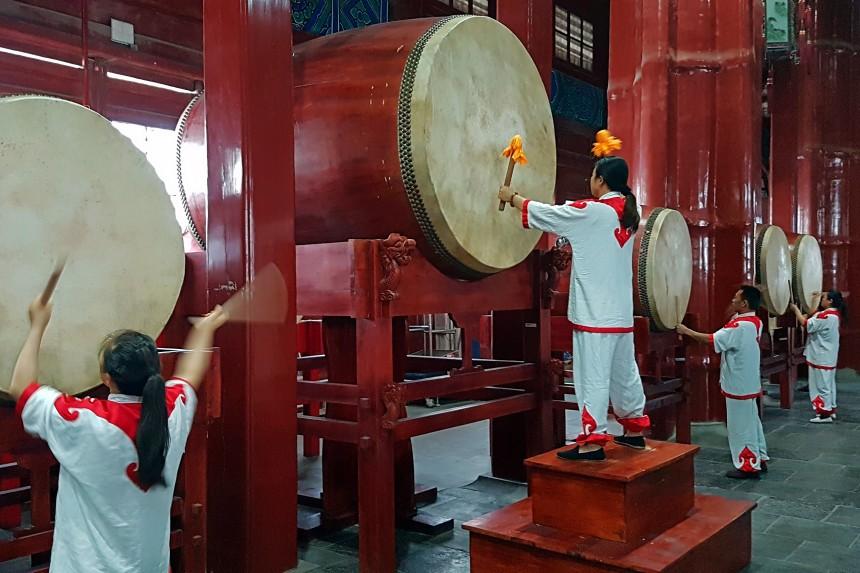Espectáculo en la Torre del Tambor de Beijing