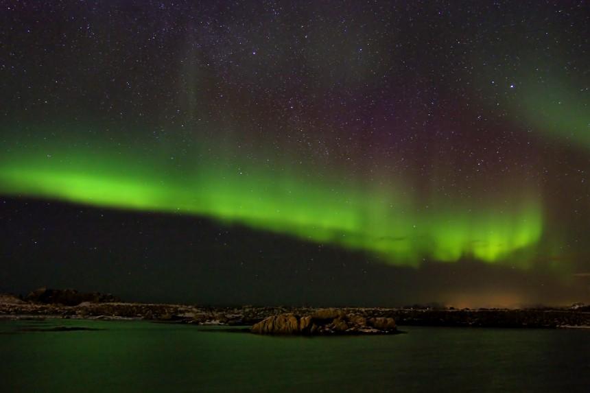 foto de aurora boreal en Hov