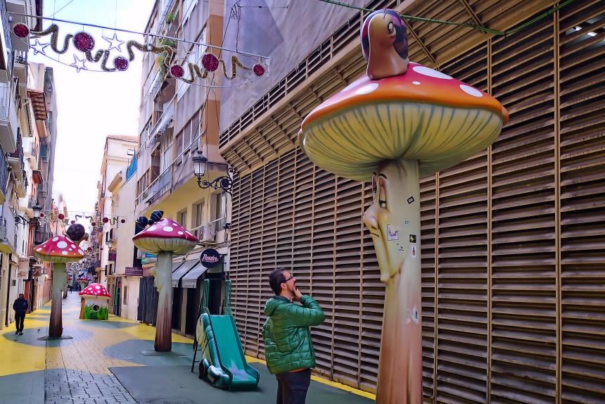 calle de las setas en Alicante