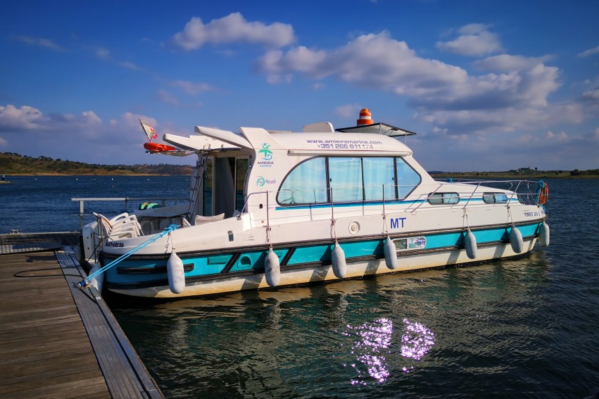 barco de alquiler en Amieira Marina