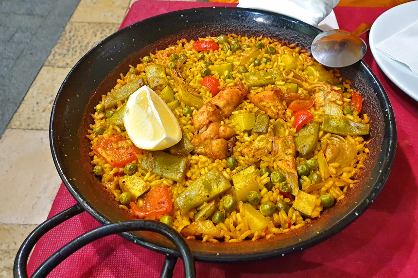 arroz del restaurante los Porrones en Alicante