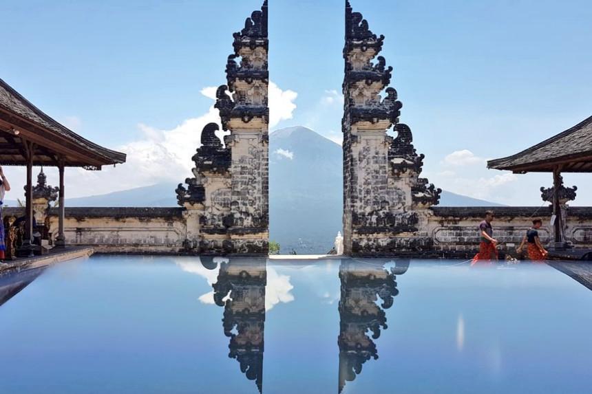 foto fake de Pura Lempuyang en Bali