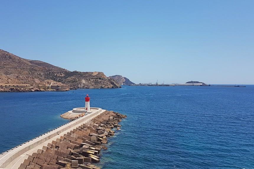 bahia de Cartagena y Faro de Navidad