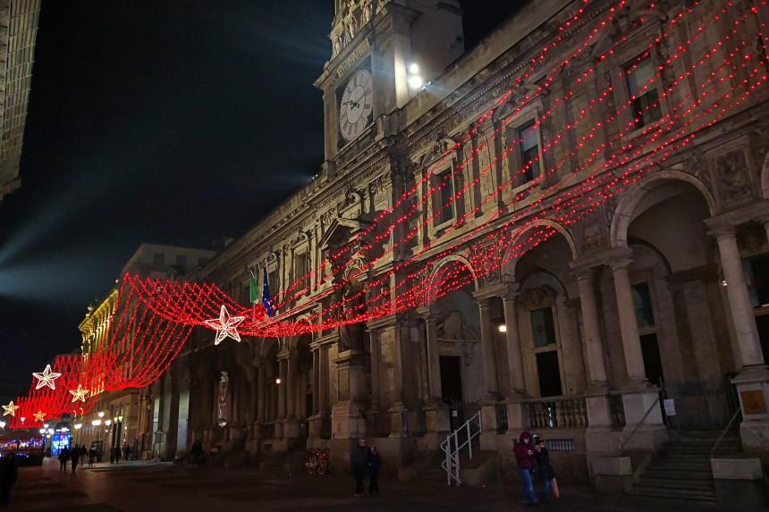 luces de navidad en Milán