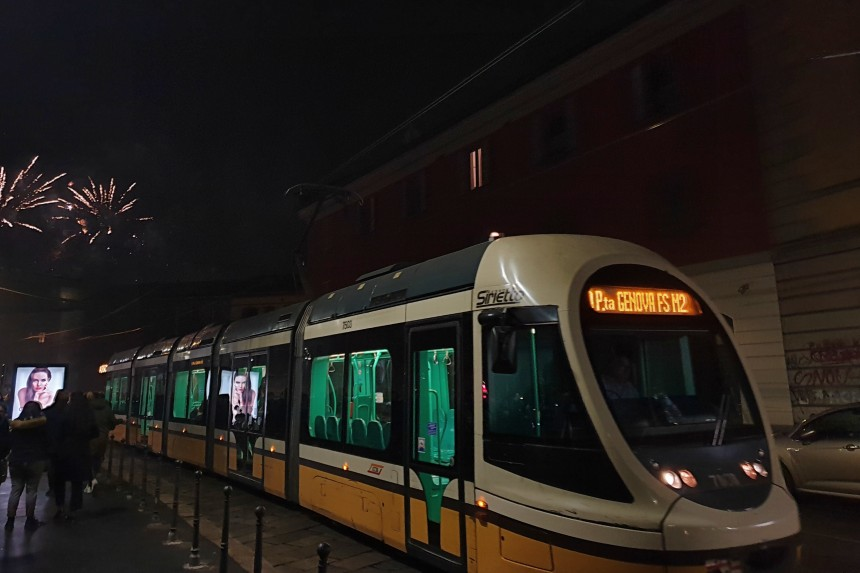 Transporte público en Milán en año nuevo