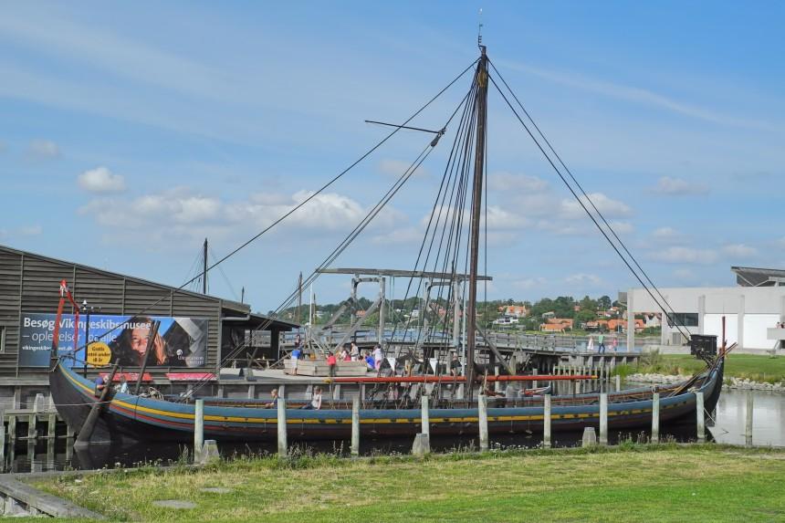 drakkar vikingo en los astilleros de Roskilde