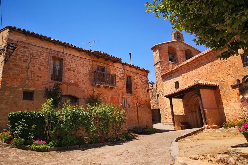 Iglesia de San Juan Bautista y Casa del Cura