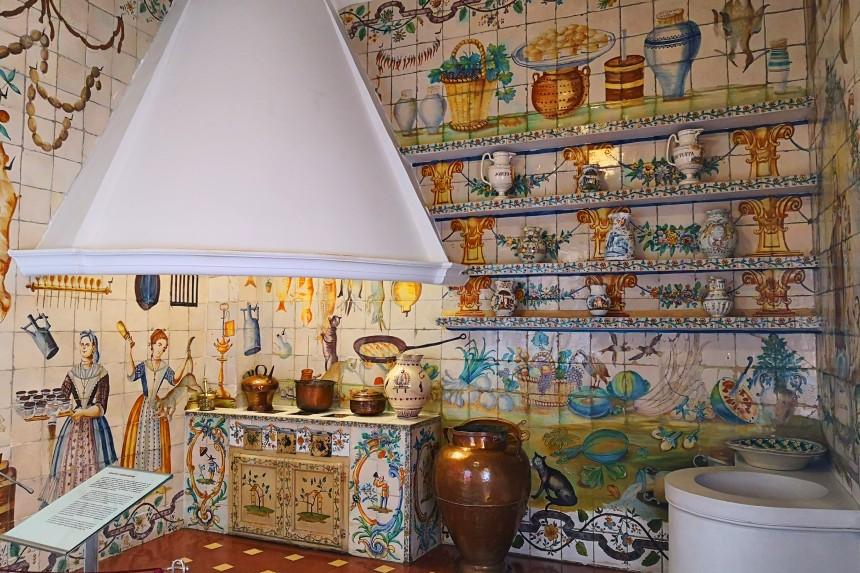 cocina valenciana en el Museo Nacional de Artes Decorativas