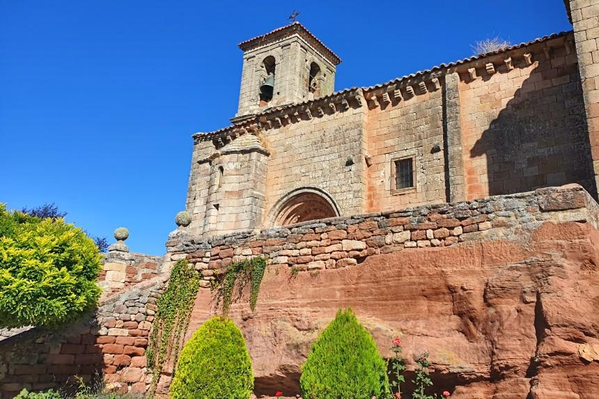 Iglesia de San Miguel Arcángel en Romanillos