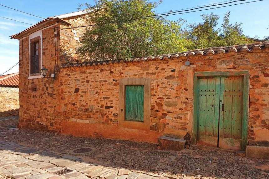 casa tradicional maragata