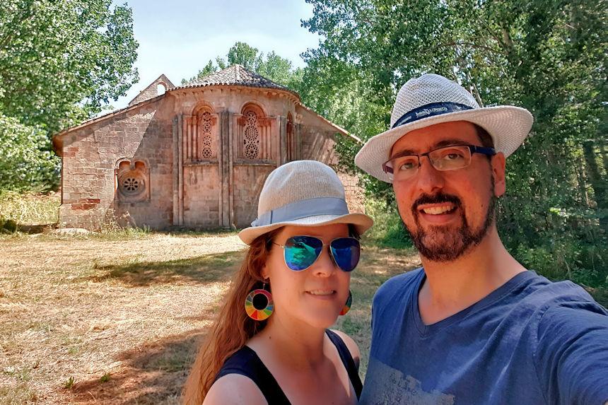 mapa y mochila descubriendo el arte románico rural de Guadalajara
