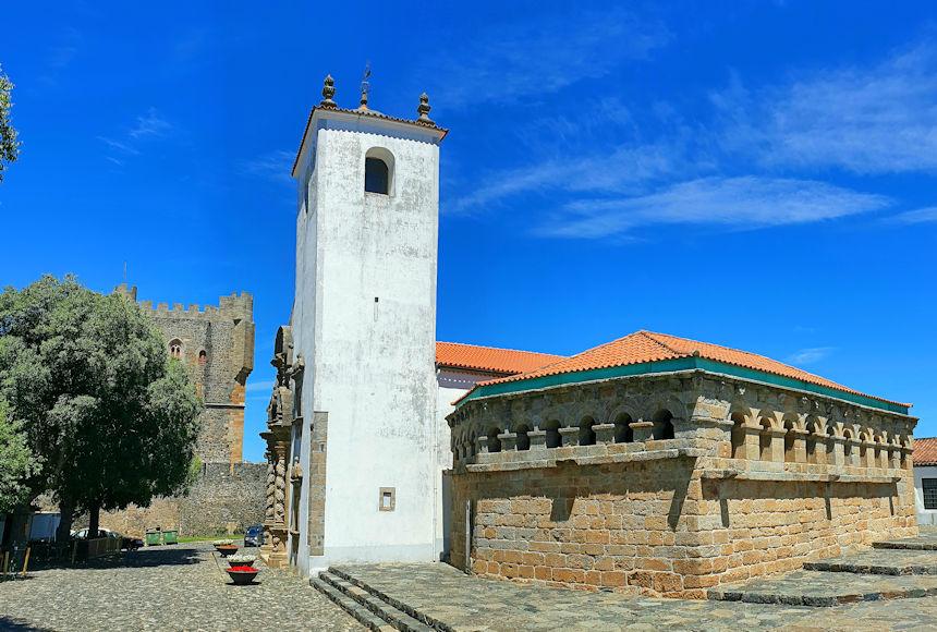 Domus Municipalis de Bragança