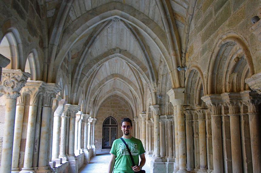 Románico en Aguilar de Campoo - Claustro del Monasterio de Santa María la Real