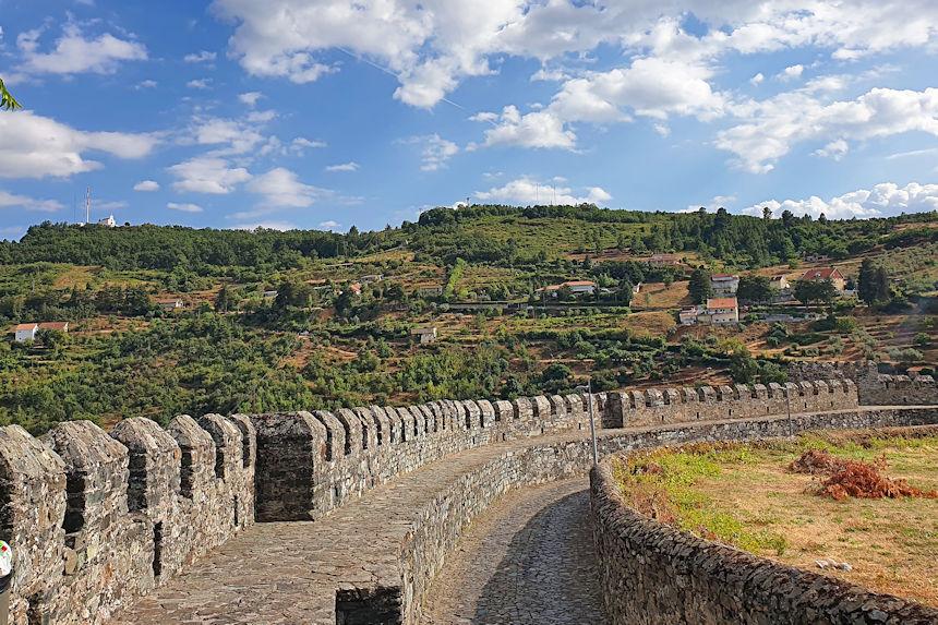 murallas de<la ciudadela de Bragança